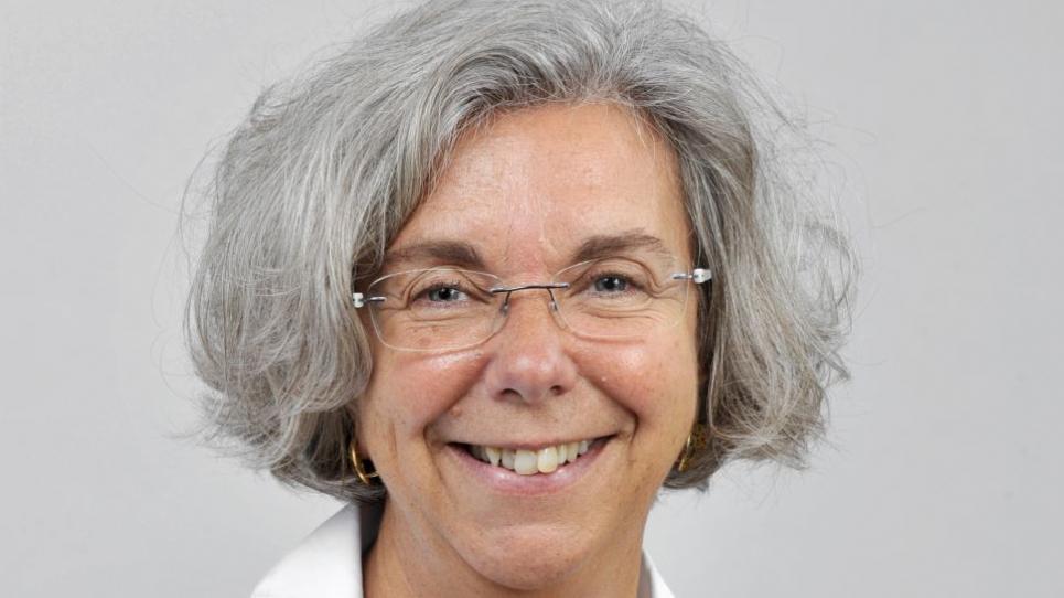 Dra. Elena Carreras