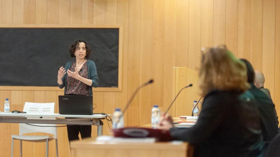 Emília Comas, en l'acte de defensa de la seva tesi doctoral